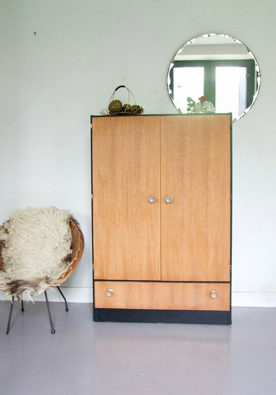 Armoire buffet vintage