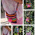Sac tissé multicolor avec pompon