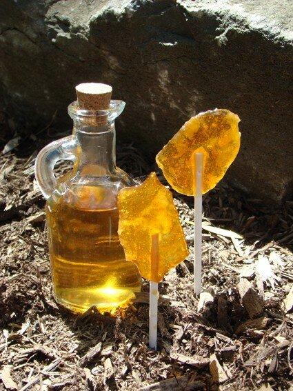 Cadeau : sucettes à l'érable et liqueur aux herbes