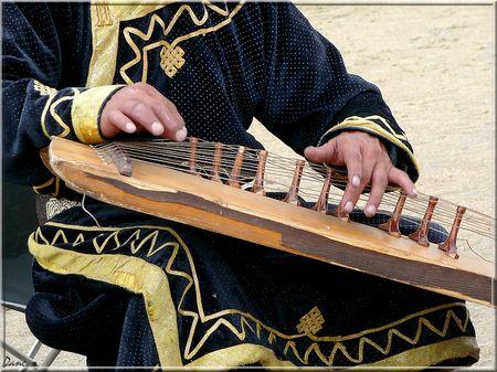1_mongolie_mains