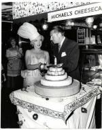 1951-MONROE__MARILYN_-_1951_FARMERS_MARKET_MISS_CHEESECAKE430