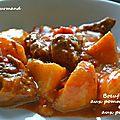 Boeuf mijoté aux pommes de terre et aux poivrons au multicuiseur