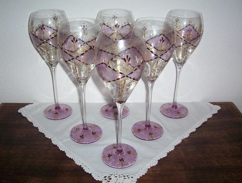 Dans le style baroque voici des verres de degustation tres - Peindre des verres a pied ...