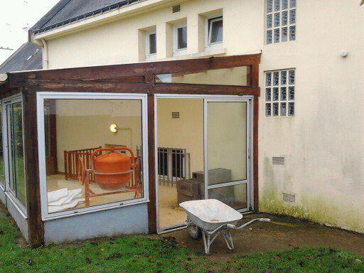 d pose d 39 une veranda avec cr ation d 39 une terrasse b ton. Black Bedroom Furniture Sets. Home Design Ideas