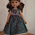 Une poupée de + à habiller, c'est une paola