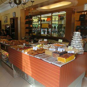 Oiartzun Boutique (5) J&W