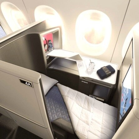 delta-one-business-class-suites-04