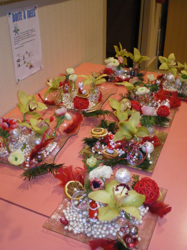 Nos centres de tables pour noel l 39 association loisirs et for Art floral centre de table noel