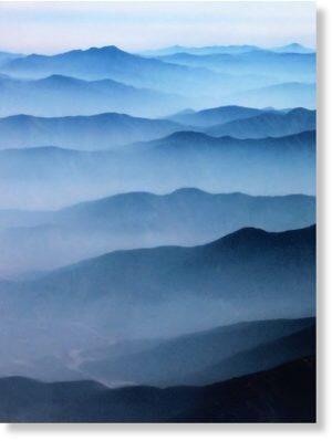 23 Vagues de brumes sur la montagne
