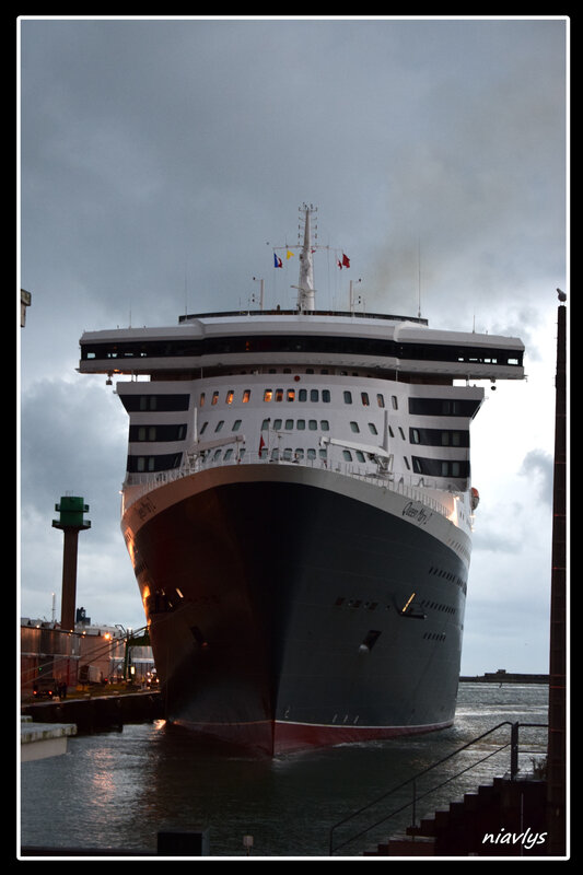 queen mary 2 3