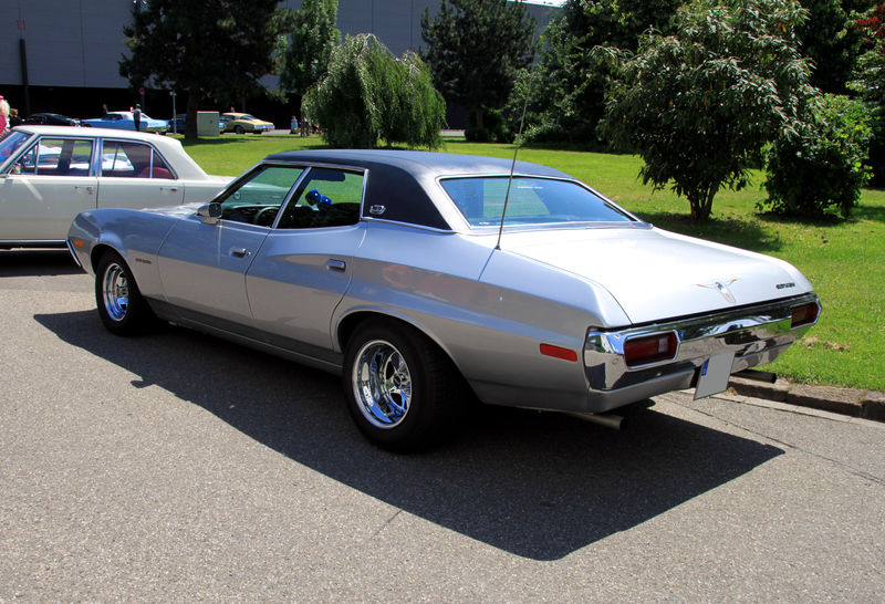 1972 ford gran torino sedan related infomation,specifications