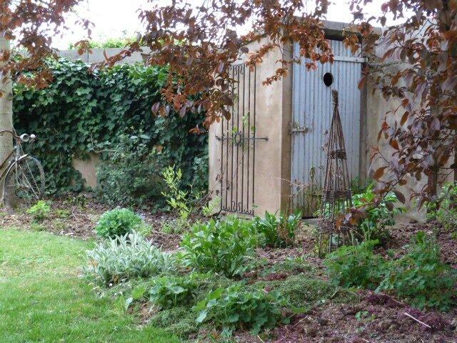 La cabane au fond du jardin la clef de mes envies - Cabane toilette de jardin ...