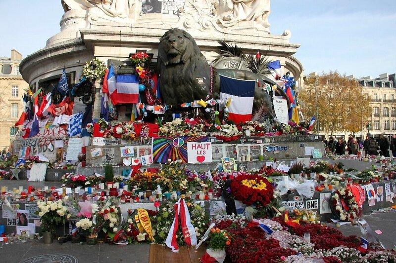 9-Hommage attentats Répu 13-11-15_6309