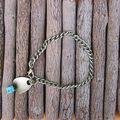 Bracelet chaine en bronze avec perle turquoise