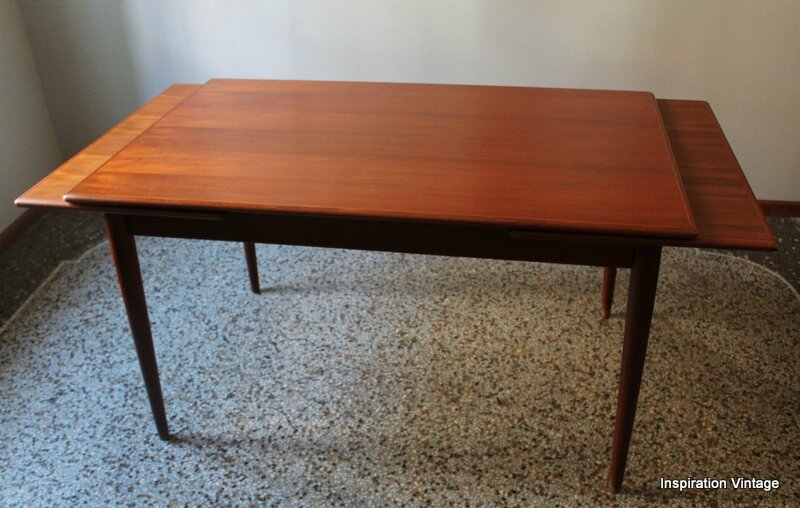 Table scandinave farstrup 60 39 s inspiration vintage for Table scandinave a rallonge