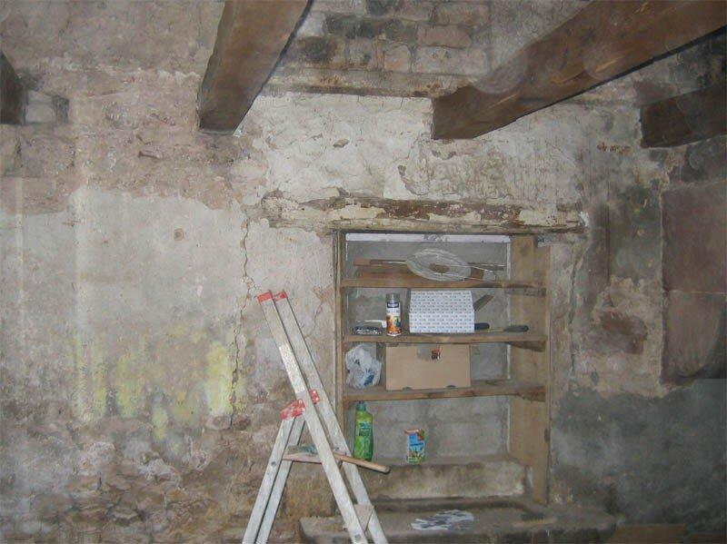 Le four de la chambre four la grotte maline gus et zaza for Crepis a la chaux