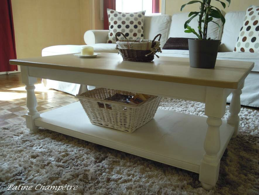 Nouveau look pour table basse patine champ tre for Customiser une table en bois