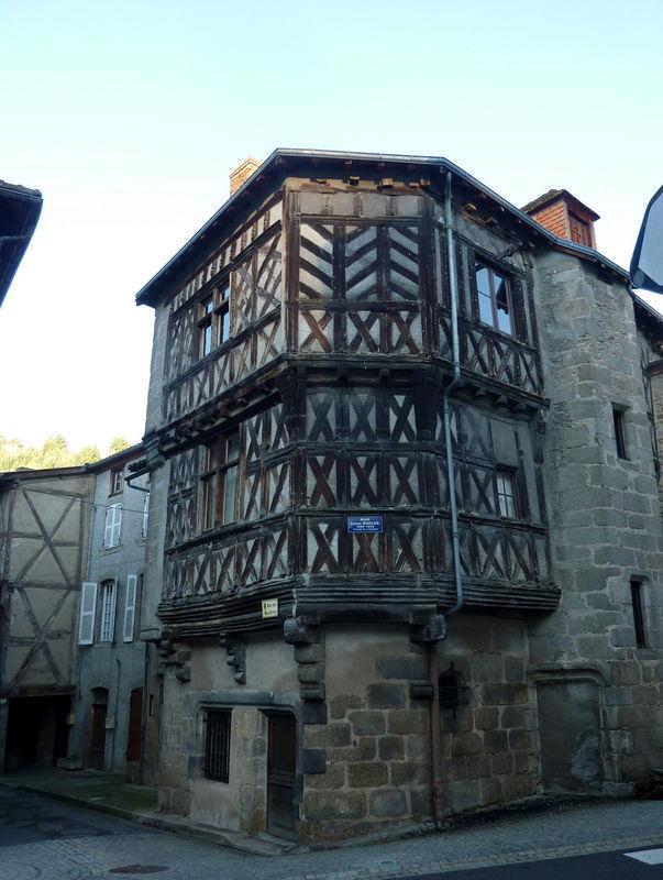 maison Sergentale à Chateldon