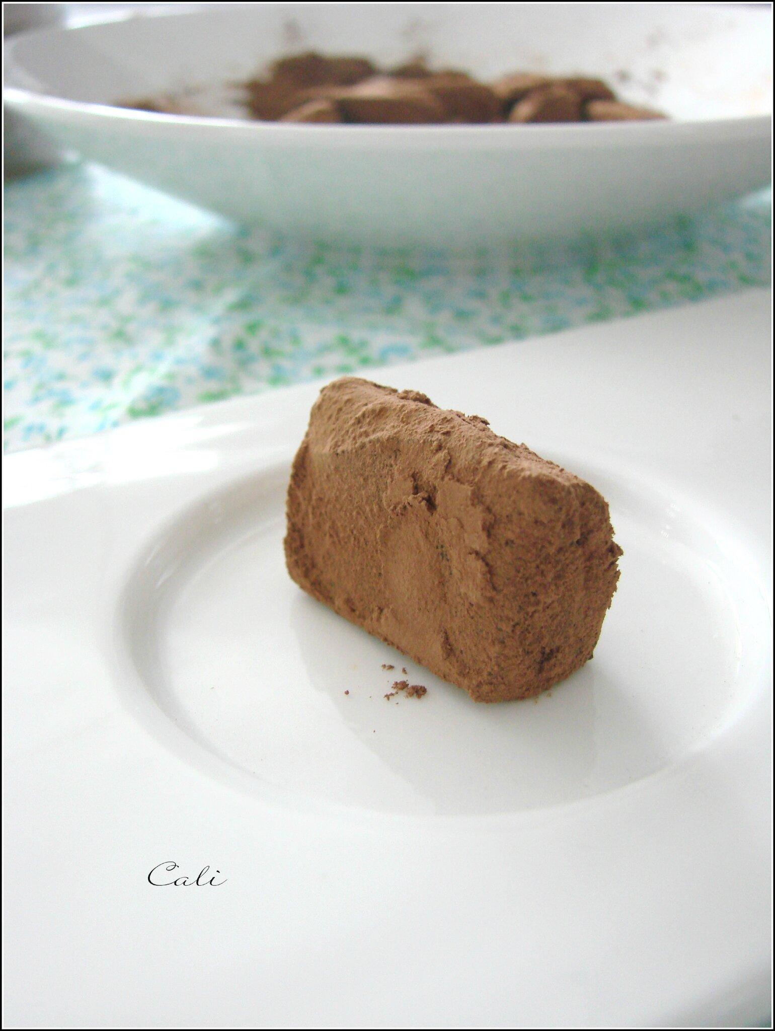 Chocolats & Truffes Tonka-Cappuccino 005