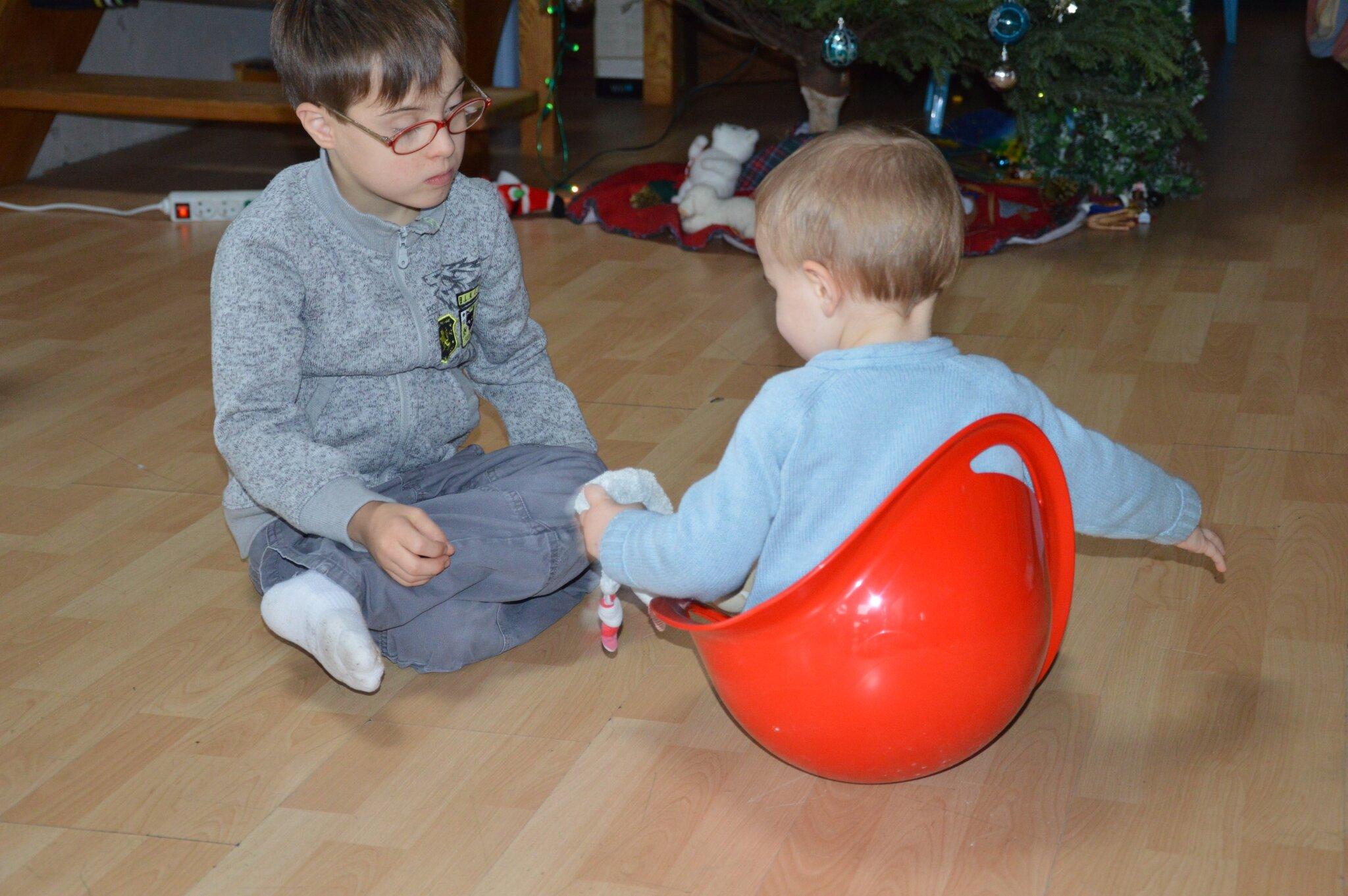 Développer tonicité et motricité 1-les petits