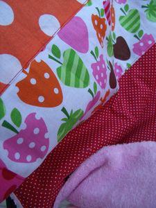 couverture fraise rouge et rose (5)
