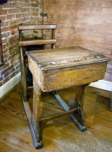 vieux bureau d'école