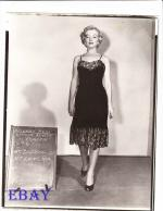 1951-04-05-LoveNest-test_costume-renie-mm-050-1