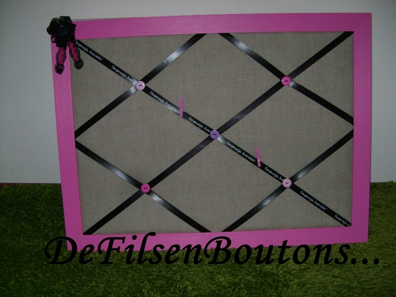 p le m le romantique diy de fils en boutons. Black Bedroom Furniture Sets. Home Design Ideas