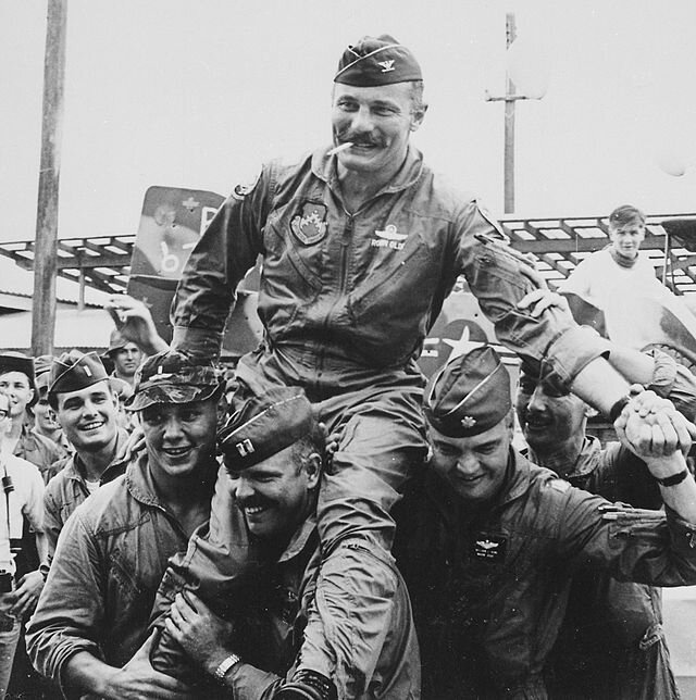 640px-Robin_Olds_completes_100th_combat_mission_over_North_Vietnam