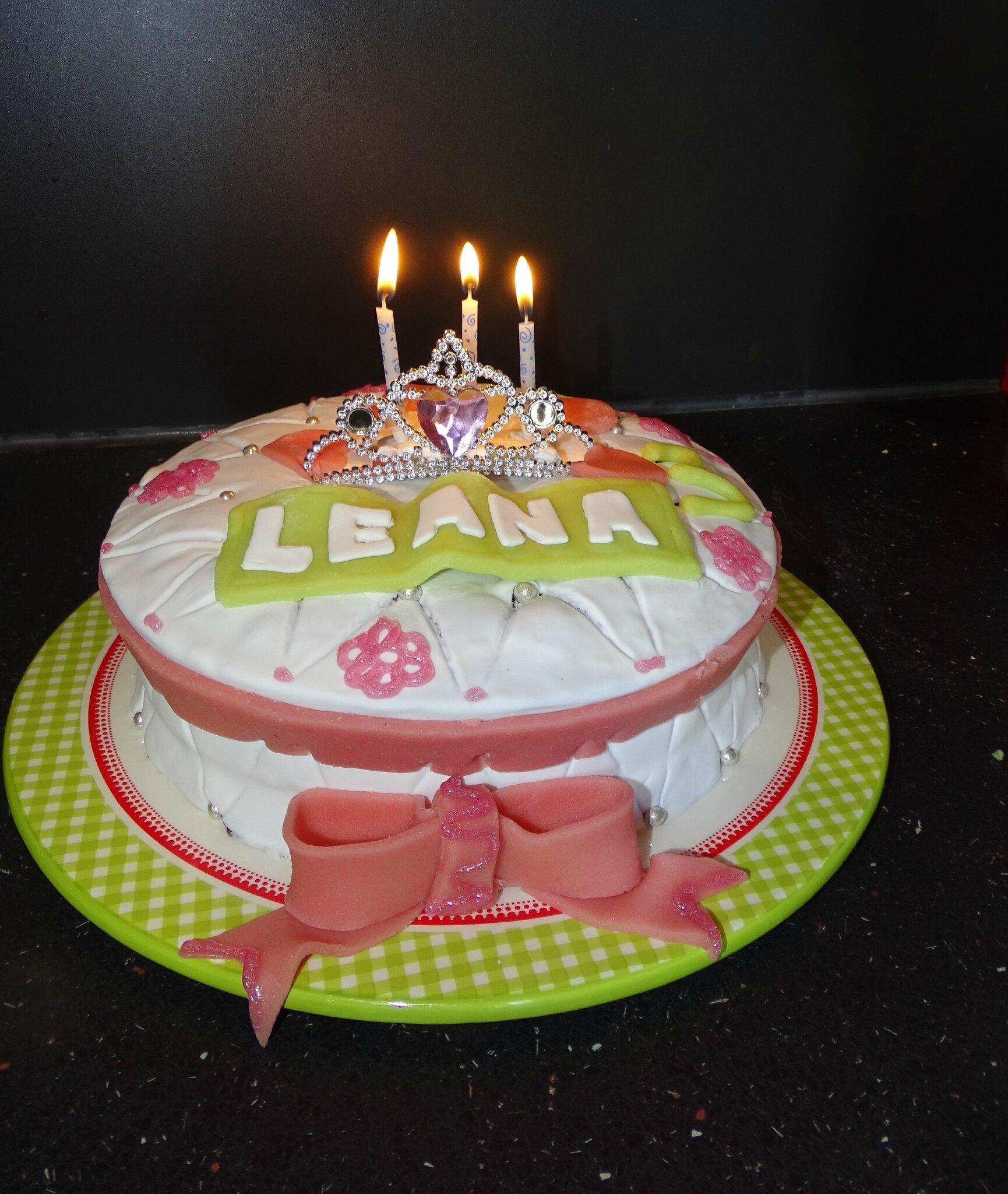 Gâteau d'anniversaire, 3 BOUGIES !