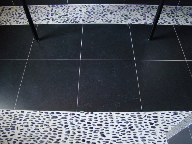 Sarl rouet carrelage for Joint galet douche italienne