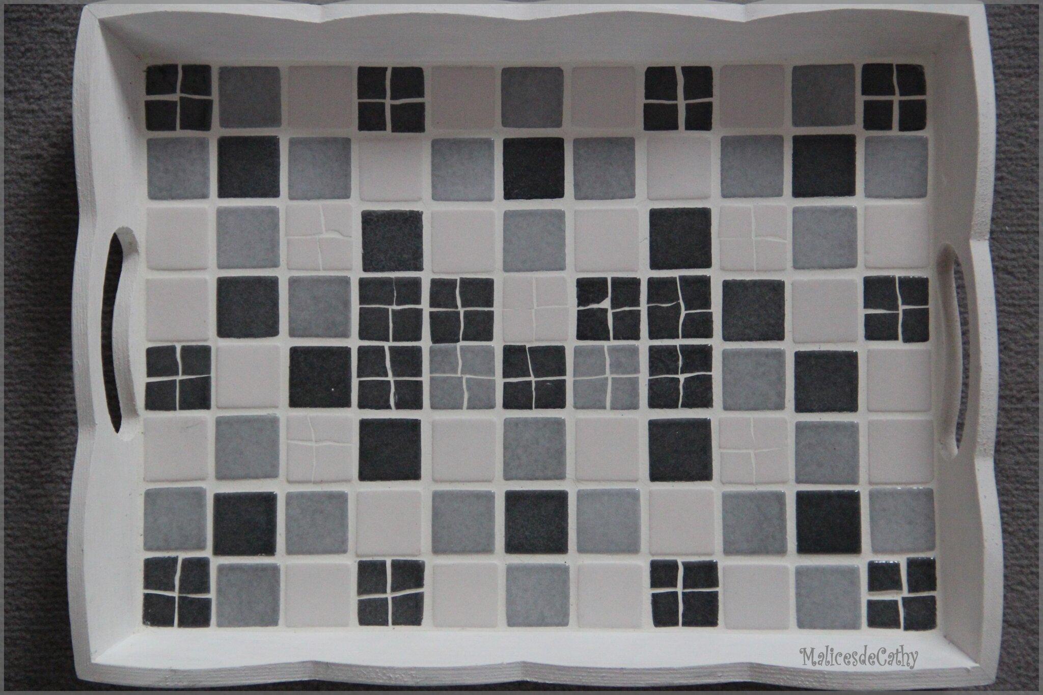 plateau mosaîques gris