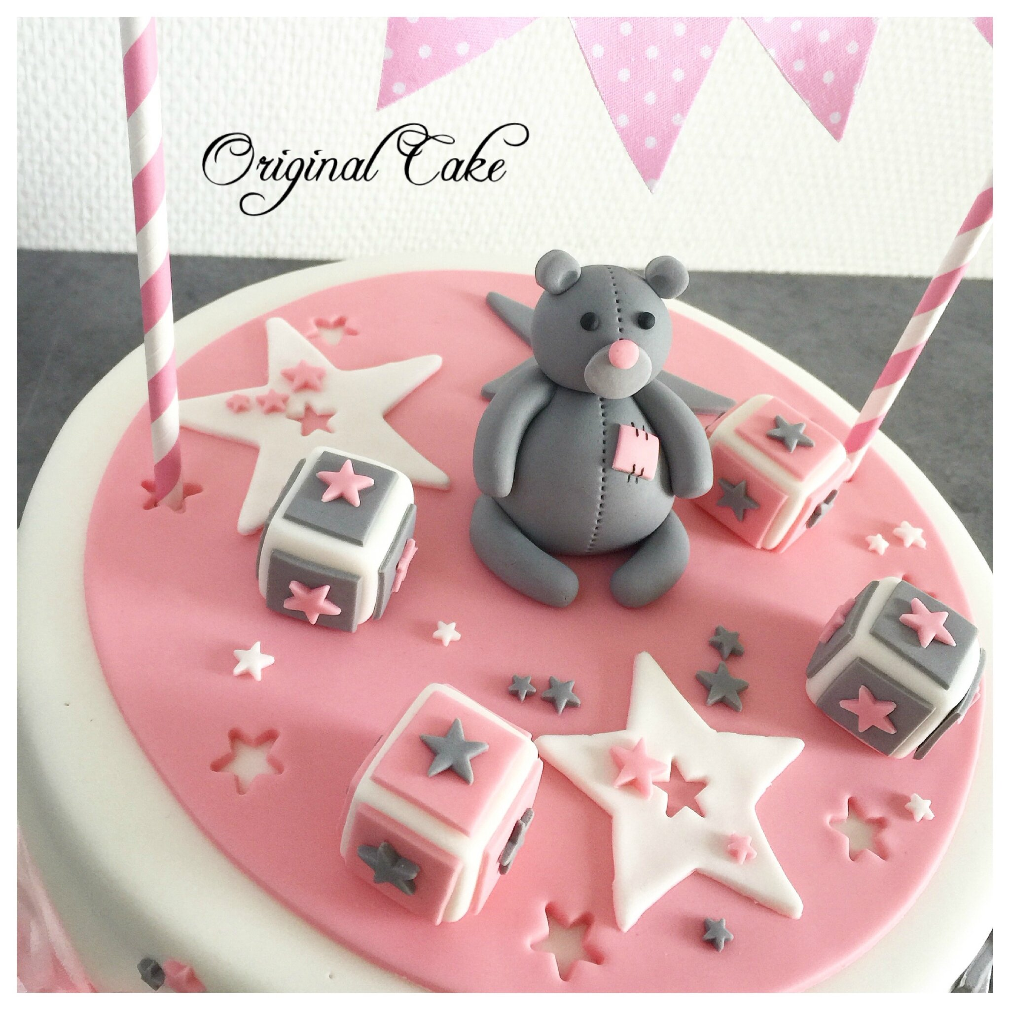 Gateaux baby shower fille - Idee baby shower fille ...