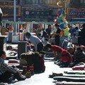 Devant le temple de Jockhang