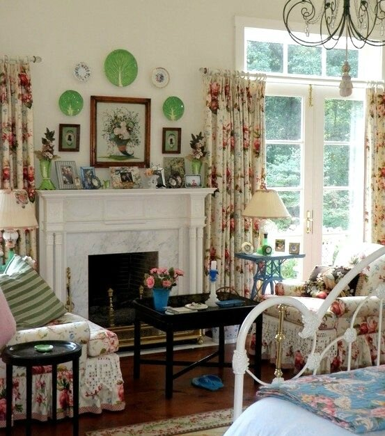 1e192e26220cb617c4a968b101194ab1--english-cottage-bedrooms-english-cottage-decorating