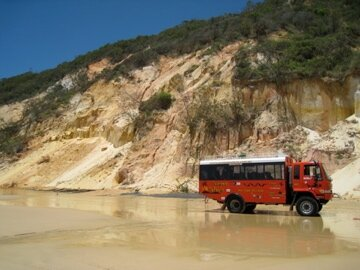 notre bus 4x4 tout terrain photo de fraser island. Black Bedroom Furniture Sets. Home Design Ideas