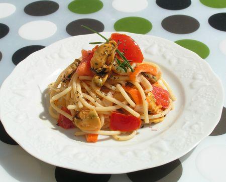 salade de spaghettis aux moules et vinaigrette à la pulpe de poivrons rouges (17)