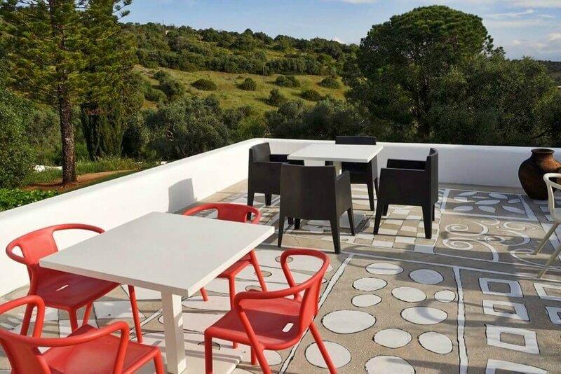 Casa-Arte-Lagos-terrace