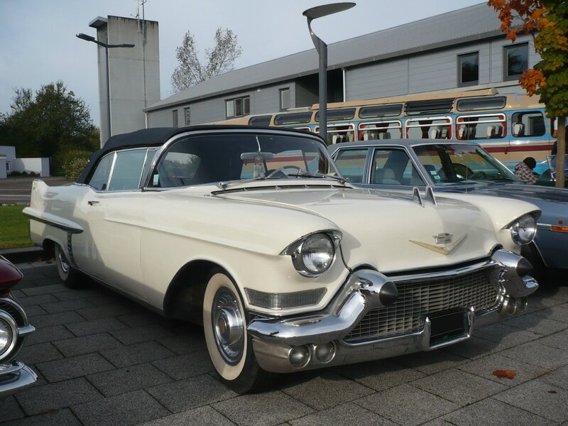 CADILLAC Series 62 2door convertible 1957 Weyersheim (1)