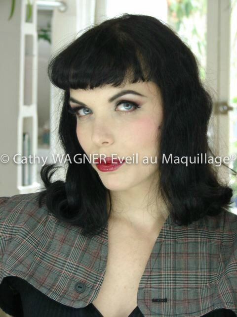 © Cathy Wagner Eveil au Maquillage -63741785