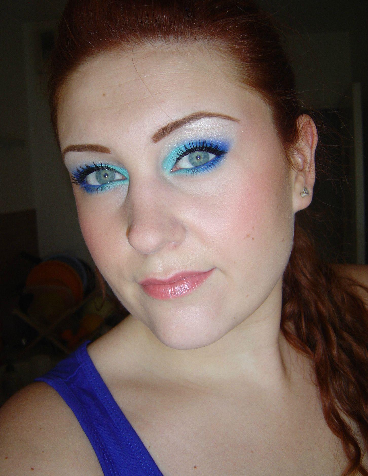 maquillage bleu sur yeux bleus tous les messages sur. Black Bedroom Furniture Sets. Home Design Ideas