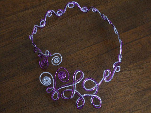collection mariee 2012 collier echarpe fil aluminium mariage les bijoux de pilarpop en fil. Black Bedroom Furniture Sets. Home Design Ideas