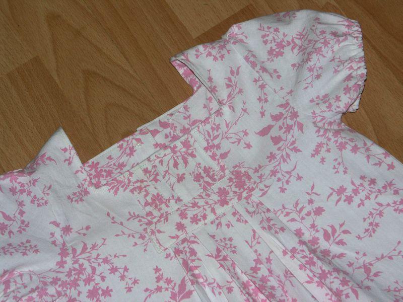 2010-08 Robe à fleurs (1)