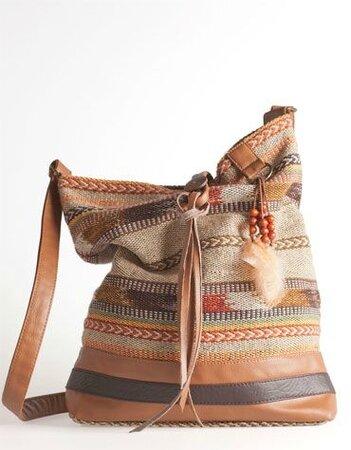 sac-navajo-bershka