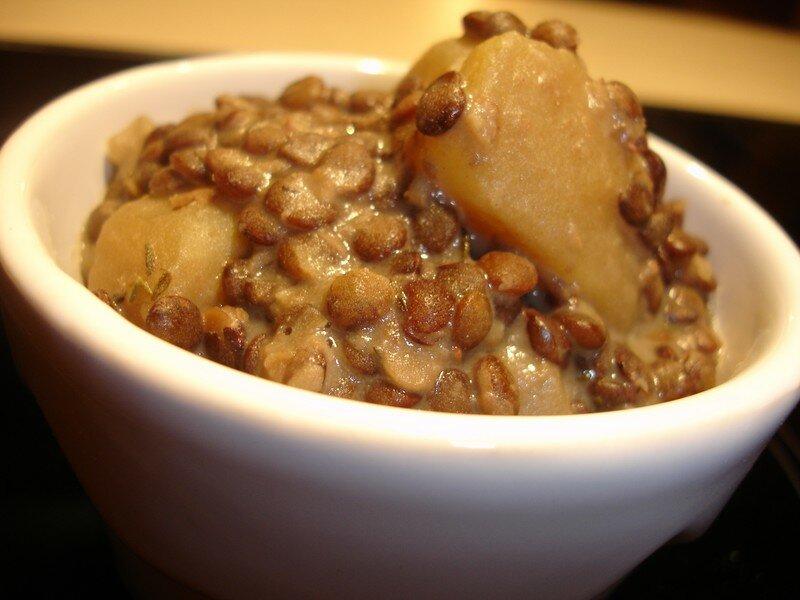 Lentilles et pommes de terre les d lices d 39 h l ne - Recette comment cuisiner les lentilles ...