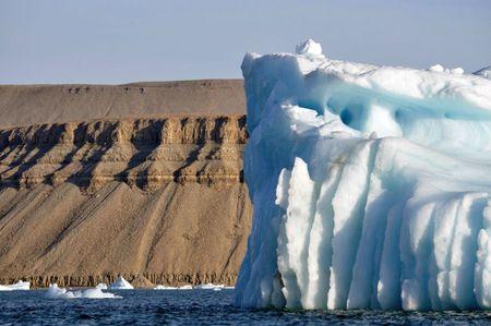 Iceberg dans le détroit de Lancaster