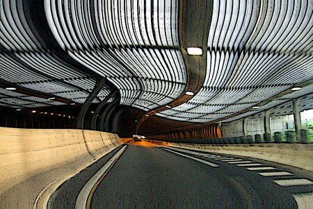 Tunnel_752a