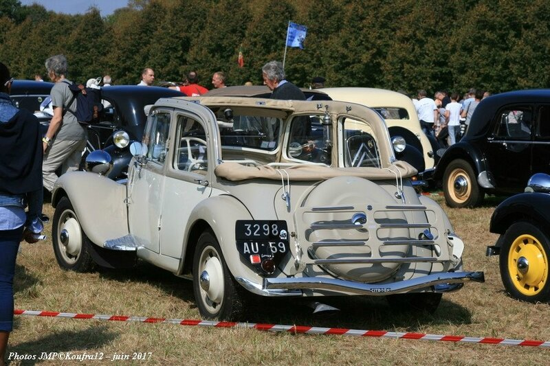 Photos JMP © Koufra12 - Traction avant 80 ans - 00306