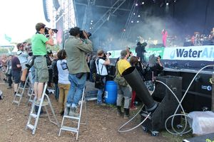 Glastonbury festival 2013 Primal Scream Bobby Gillepsie press