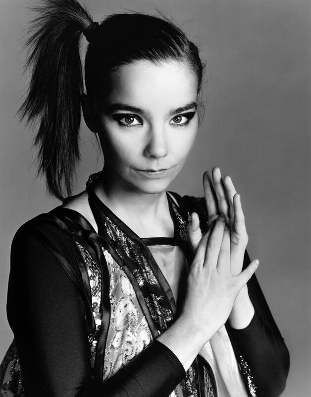 bjork-2004-by_richard_avedon